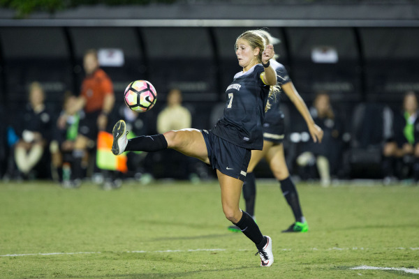Women's soccer continues to steamroll foes