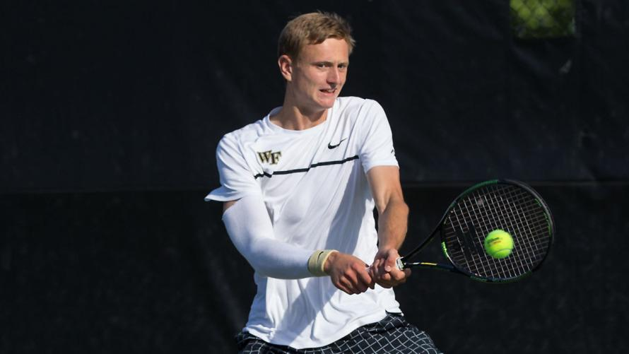 Men's tennis continues strong start to fall