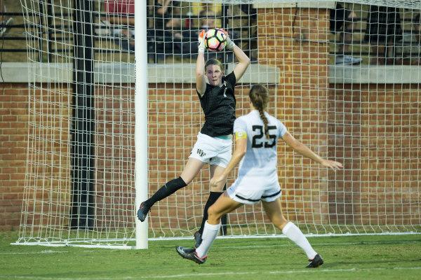 Women's soccer takes sixth straight loss
