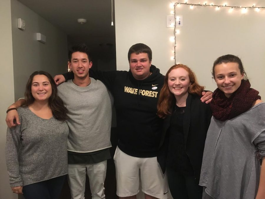 Dinner with 7 Strangers brings students together