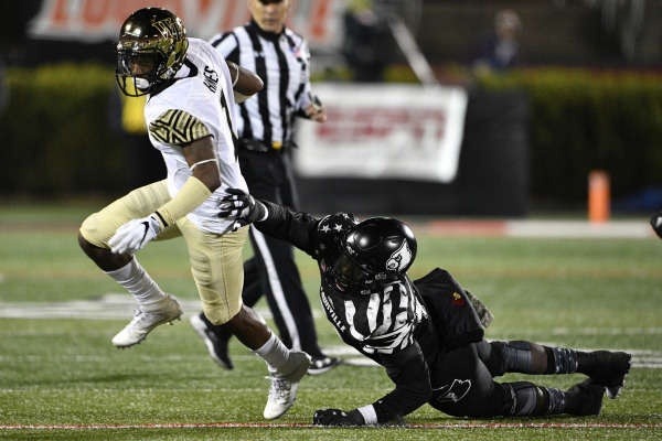 Wake Forest fails to close against Louisville