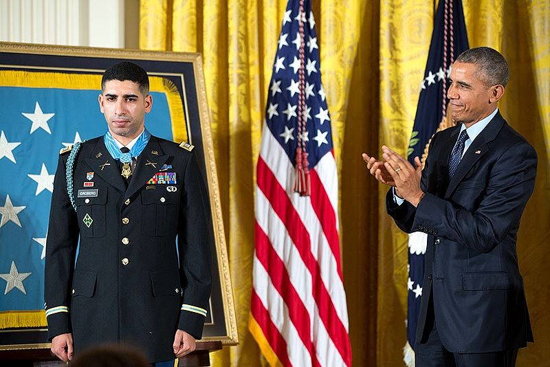 Medal of Honor recipient speaks on Veterans Legal Clinic
