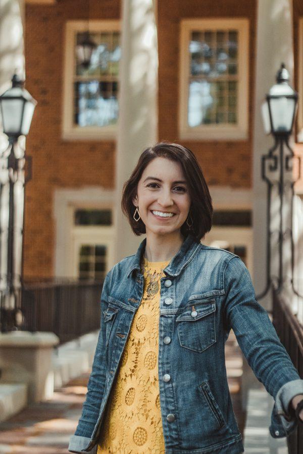 Lilly Gaeto: Economics