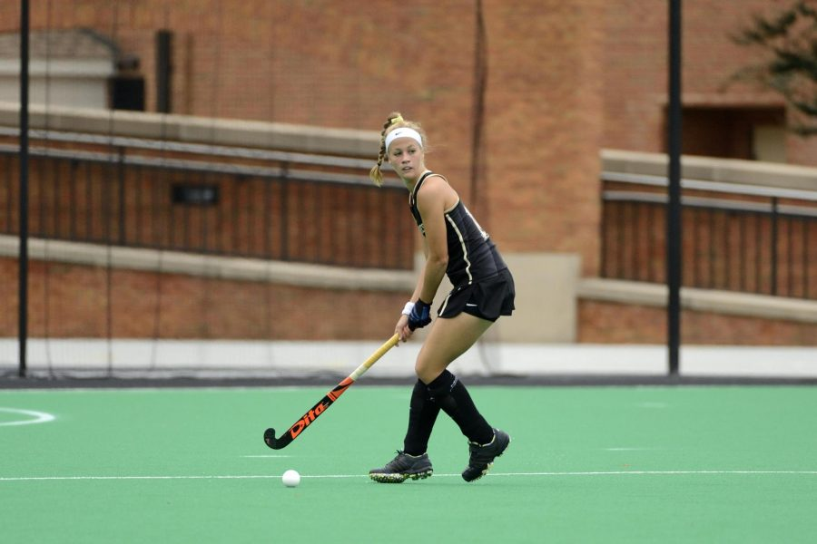 Field Hockey Prevails Over William & Mary