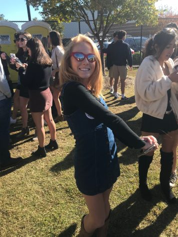 Review of Tailgate Fashion