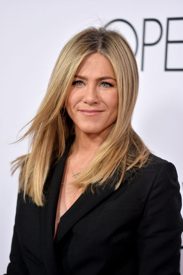 Jennifer+Aniston+attends+the+world+premiere+of+Mothers+Day+at+TCL+Chinese+Theatre+IMAX+in+Los+Angeles+on+April+13%2C+2016.+%28Lionel+Hahn%2FAbaca+Press%2FTNS%29