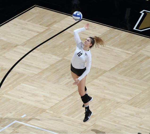 Volleyball Stuns Miami In Comeback