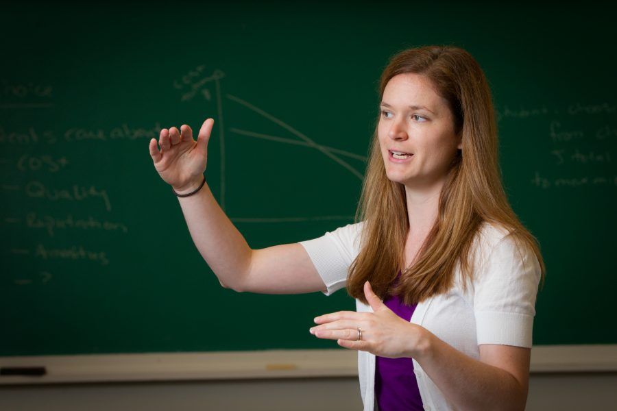 Wake+Forest+economics+professor+Amanda+Griffith+talks+about+her+research+in+a+seminar+room+in+Carswell+Hall+on+Thursday%2C+July+11%2C+2013.