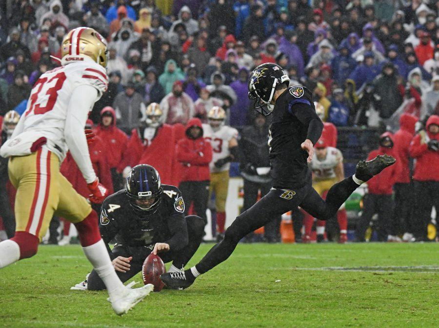 Ravens' Justin Tucker, right, kicks the game-winning 49 yards field goal with Sam Koch holding against the 49ers on Dec. 1, 2019. The Ravens defeated the 49ers by score of 20 to 17 at M & T Bank Stadium in Baltimore, Maryland. (Kenneth K. Lam/Baltimore Sun/TNS)