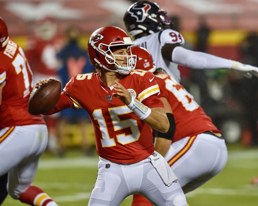 Kansas City Chiefs quarterback Patrick Mahomes (15) looks for a receiver late against the Houston Texans on September 10, 2020, at Arrowhead Stadium in Kansas City, Missouri. (Jill Toyoshiba/The Kansas City Star/TNS)