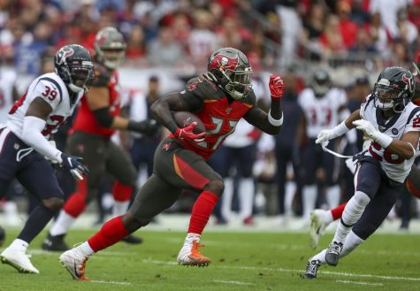 Tampa Bay Buccaneers halfback Ronald Jones busted off a 98-yard touchdown run on Sunday afternoon, leaving fans speechless (Douglas R. Clifford/Tampa Bay Times/TNS)
