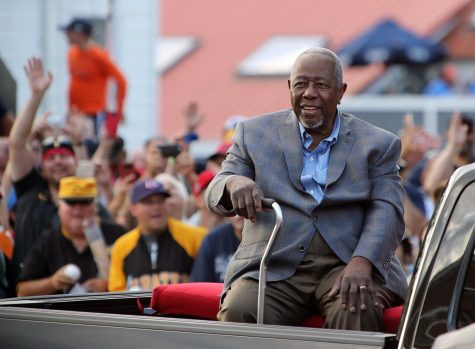 Remembering Hank Aaron, a pioneer of baseball integration