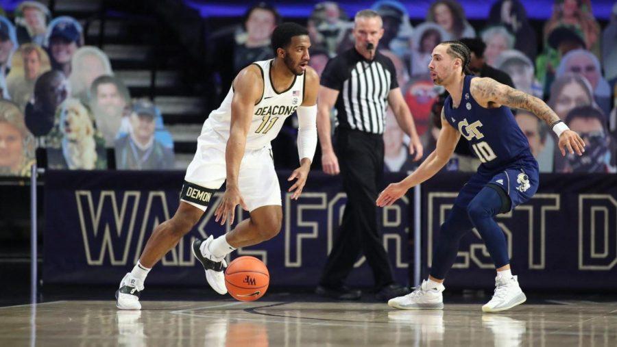 Men's basketball loses final game of season