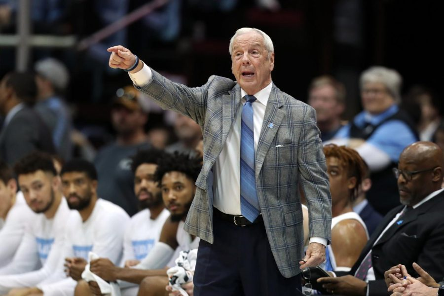 Williams retires as head coach of Tar Heels