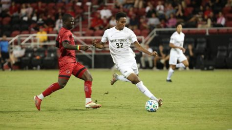 Men's soccer hits wall, loses 3-0 to Louisville