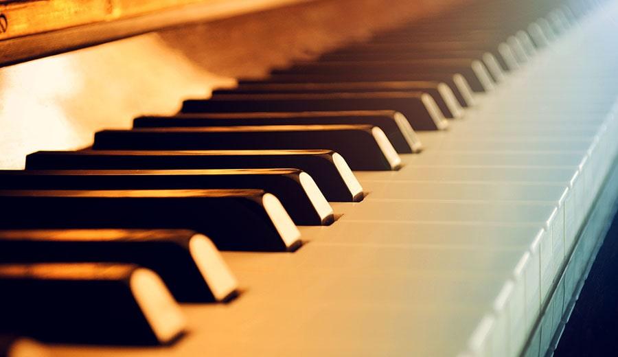 The+Benson+piano+brings+joy+to+campus